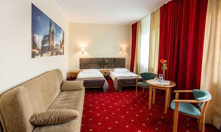 Orient Hotel Krasków